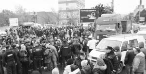 Protest in fata bazarului