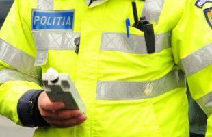 Conducători auto cu alcool pur în aerul expirat opriți de către poliție